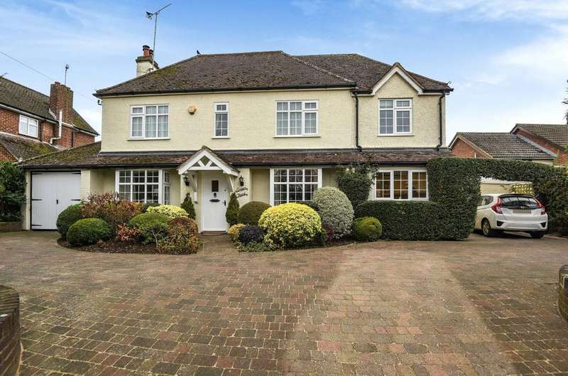 4 Bedrooms Detached House for sale in Green End, Great Brickhill, Milton Keynes, MK17