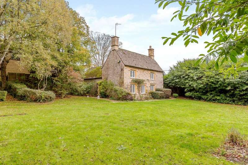 3 Bedrooms Detached House for sale in Great Rissington, Cheltenham, GL54