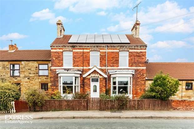 3 Bedrooms Terraced House for sale in High Street, Boosbeck, Saltburn-by-the-Sea, North Yorkshire