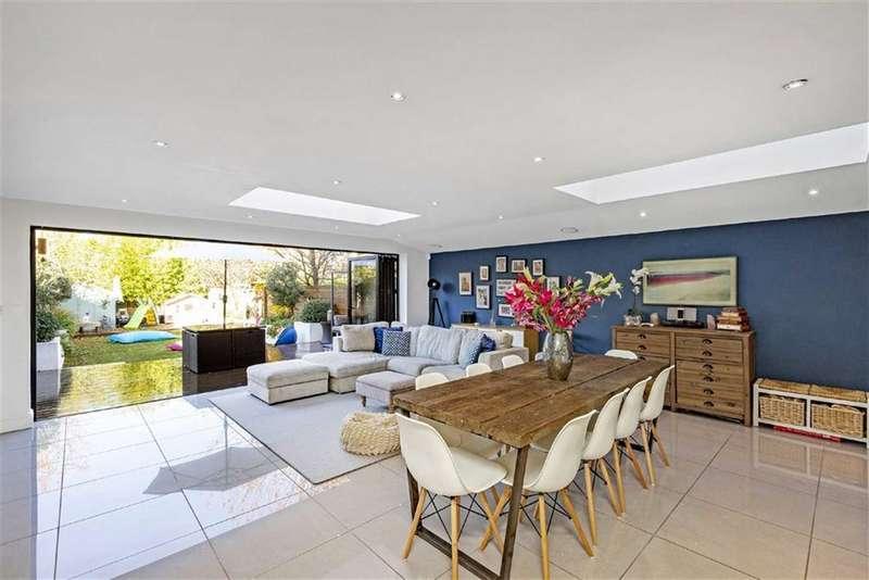 6 Bedrooms Semi Detached House for sale in Dornton Road, Balham