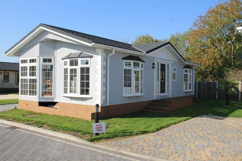 2 Bedrooms Park Home Mobile Home for sale in Lyngfield Park, Bray, Maidenhead
