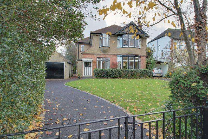 4 Bedrooms Detached House for sale in Church Hill, West Purley