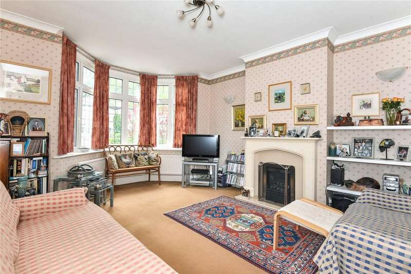 3 Bedrooms Semi Detached House for sale in Roman Way, Bristol, Somerset, BS9