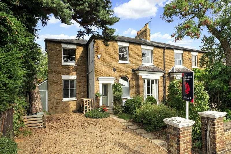 5 Bedrooms Semi Detached House for sale in Nightingale Road, Hampton, TW12