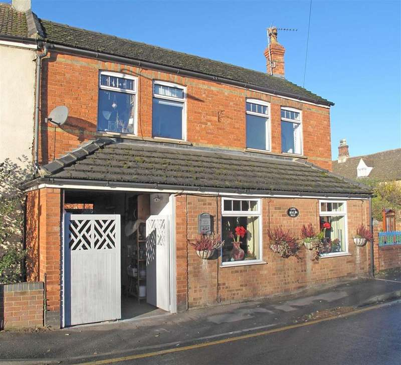 4 Bedrooms Semi Detached House for sale in Eastgate, Bourne