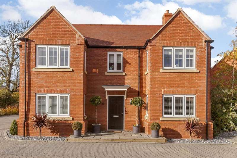 5 Bedrooms Detached House for sale in Turnpin Close, Buckingham, Buckinghamshire