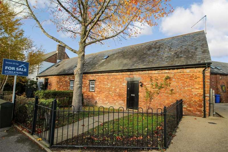 2 Bedrooms Semi Detached House for sale in Tatnam Road, POOLE, Dorset