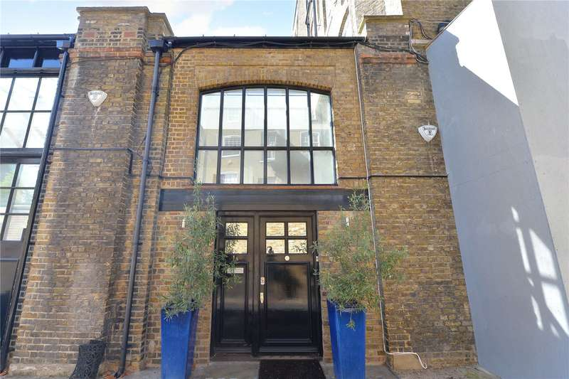 2 Bedrooms Mews House for sale in Barnaby Place, London, SW7