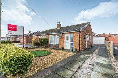 2 Bedrooms Bungalow for sale in Cartmel Drive, Hoghton, Preston, Lancashire