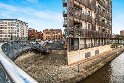 2 Bedrooms Flat for sale in 5 Brewer Street, Piccadilly, Manchester, Greater Manchester