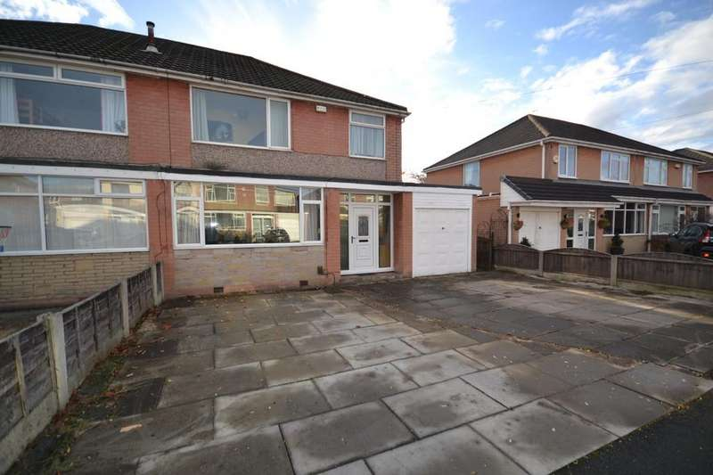 3 Bedrooms Semi Detached House for sale in Woodlands Road, Astley, Manchester