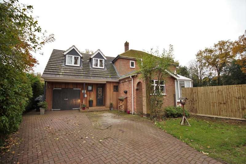5 Bedrooms Detached House for sale in Lower Church Road, Lincoln