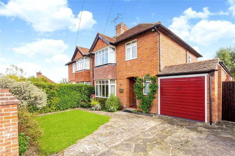 3 Bedrooms Semi Detached House for sale in Wendan Road, Newbury, Berkshire, RG14