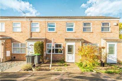 2 Bedrooms Terraced House for sale in Crediton Close, Devon Park, Bedford, Bedfordshire