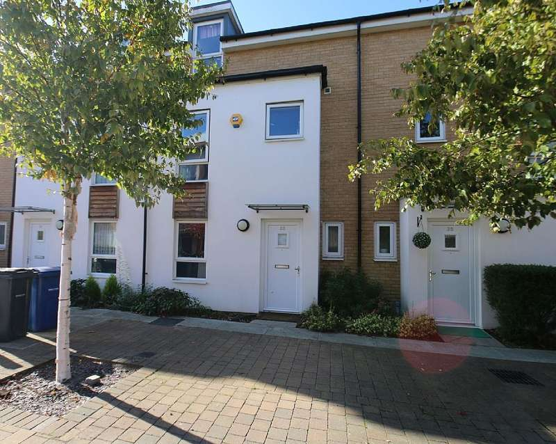 4 Bedrooms Terraced House for sale in Saxton Close, Grays, London, RM17 6FB