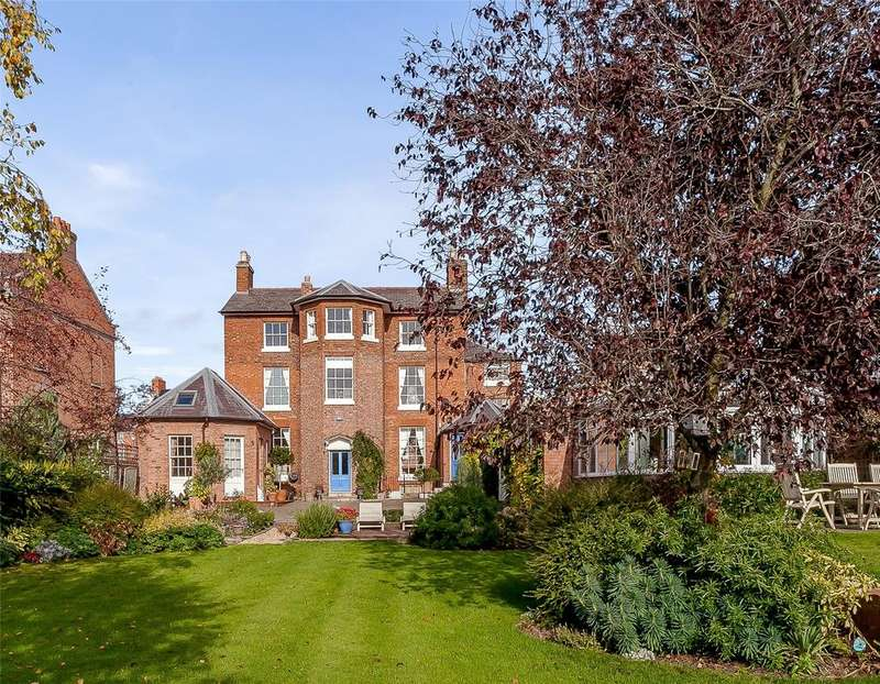 6 Bedrooms Detached House for sale in Abbey Foregate, Shrewsbury