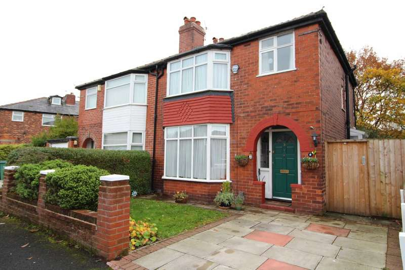 3 Bedrooms Semi Detached House for sale in Masefield Avenue, Prestwich