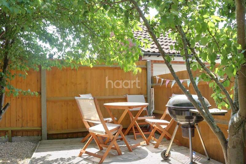 3 Bedrooms Terraced House for sale in Birbeck Close, Clapham