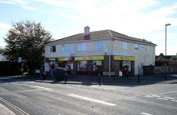 2 Bedrooms Semi Detached House for sale in Goodrington Road, Paignton, Devon