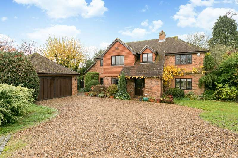 5 Bedrooms Detached House for sale in Kinghorn Park, Maidenhead, Berkshire