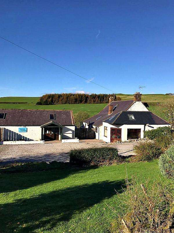 4 Bedrooms Detached House for sale in Tinwald, Dumfries DG1