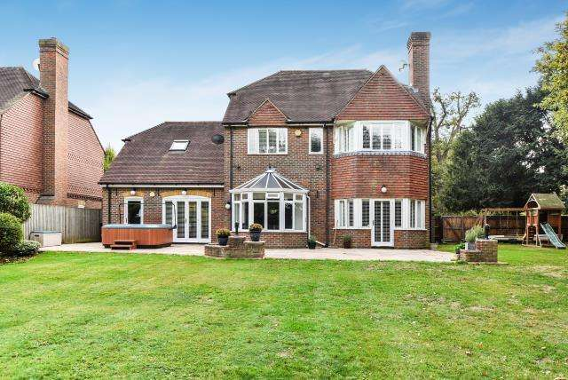 5 Bedrooms Detached House for sale in Iver, Buckinghamshire, SL0