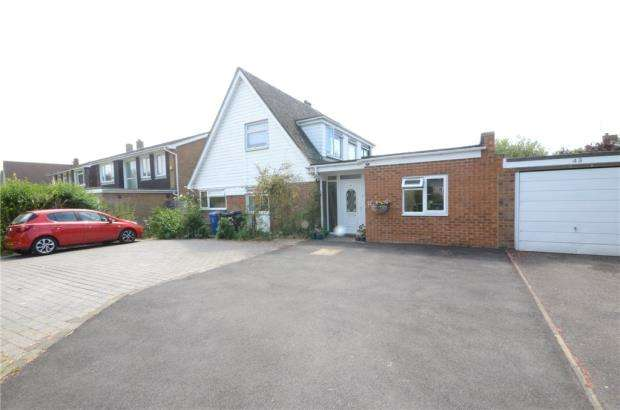 6 Bedrooms Link Detached House