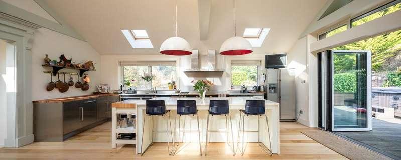 5 Bedrooms Detached House for sale in La Rue Des Pres Sorsoleil, St. Lawrence, Jersey