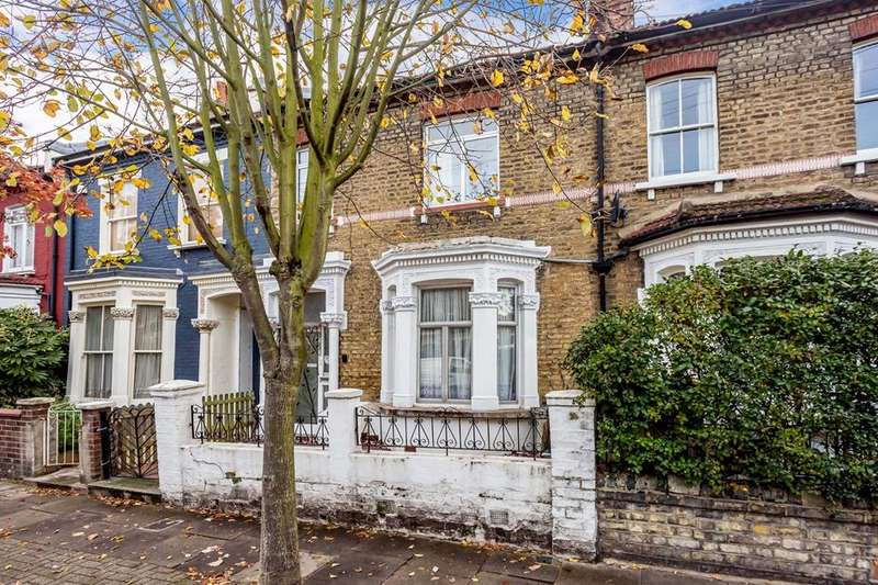 3 Bedrooms Property for sale in Avenell Road, Highbury, London, N5