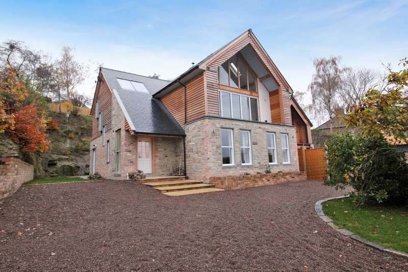 4 Bedrooms Detached House for sale in Fellside, Hexham