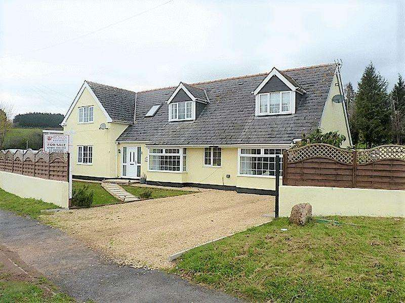 6 Bedrooms Detached House for sale in Caerlicyn Lane, Newport