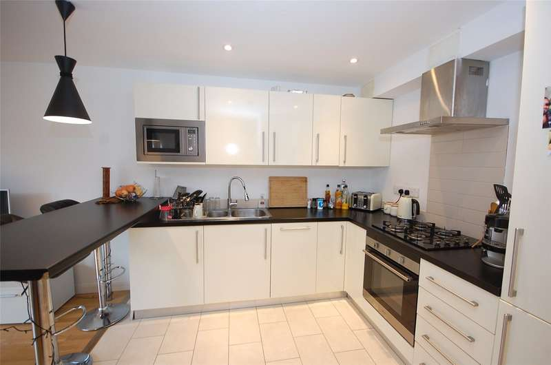 1 Bedroom Flat for sale in Gallery Court 28 Arcadia Avenue Finchley