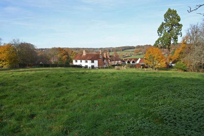 7 Bedrooms Detached House for sale in Rural Hawkhurst