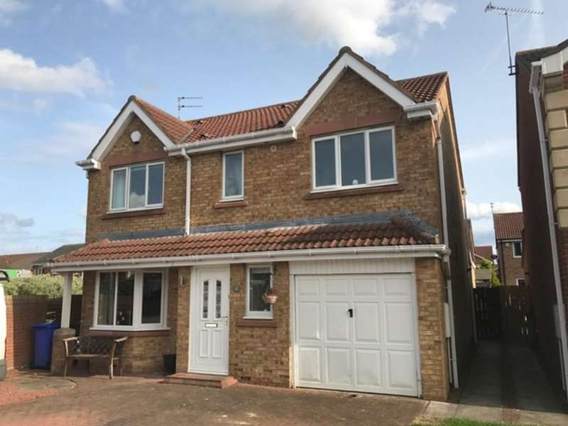 4 Bedrooms Detached House for sale in Dewberry Close