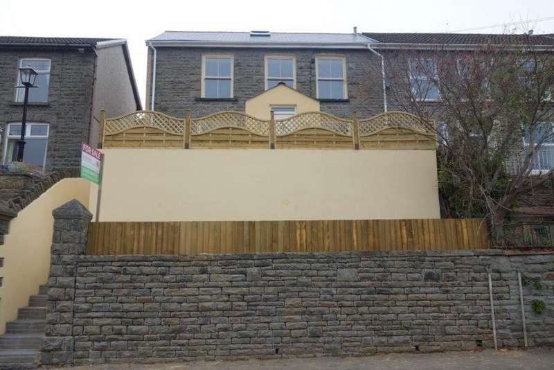 4 Bedrooms Semi Detached House for sale in Bryn Terrace, Ystrad