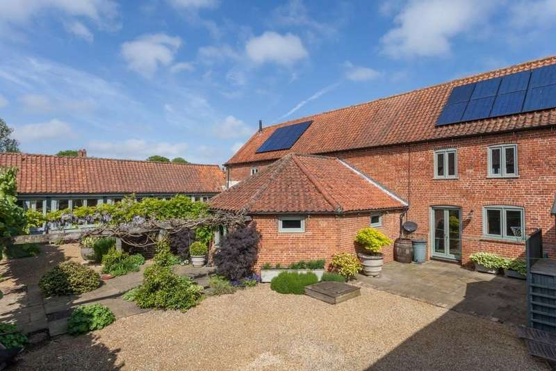 5 Bedrooms Barn Conversion Character Property for sale in North Creake, Norfolk
