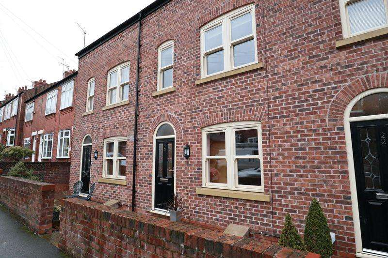 3 Bedrooms Mews House for sale in Dale Street, Macclesfield