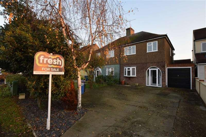 4 Bedrooms Semi Detached House for sale in Long Lane, North Grays, Essex