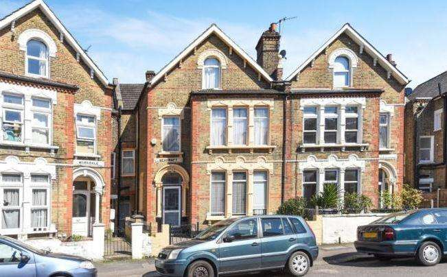 7 Bedrooms Semi Detached House for sale in Halesworth Road, Lewisham, SE13