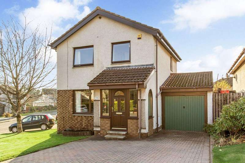 3 Bedrooms Detached House for sale in 79 Candlemaker's Park, Edinburgh, EH17 8TN