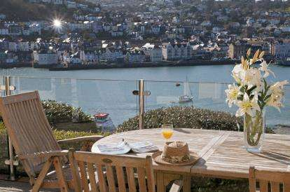4 Bedrooms Detached House for sale in Kingswear, Dartmouth