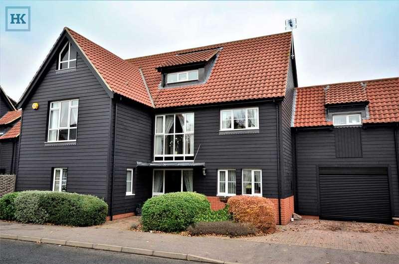 5 Bedrooms Link Detached House for sale in Eastfield Road, Noak Bridge