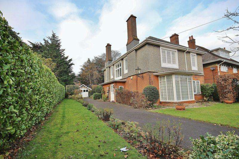 4 Bedrooms Detached House for sale in Lonsdale Road, Bournemouth