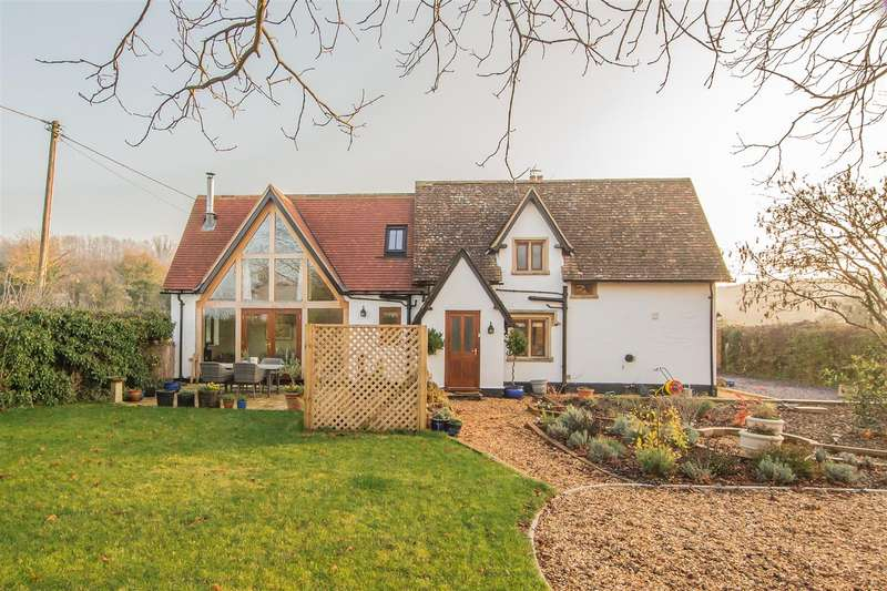 3 Bedrooms Semi Detached House for sale in Compton Bassett, Calne
