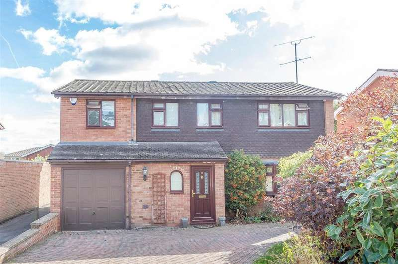 4 Bedrooms Detached House for sale in Ridgeway, Wargrave, Reading