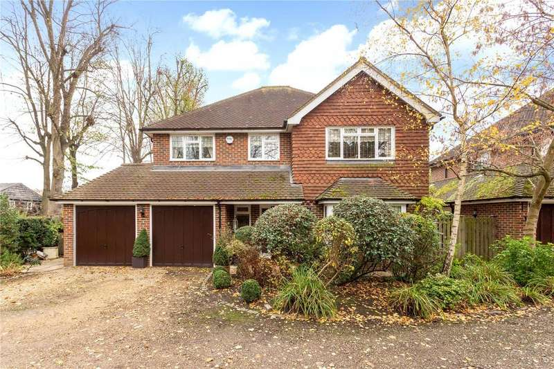 4 Bedrooms Detached House for sale in Little Chapter, Sandisplatt Road, Maidenhead, Berkshire, SL6