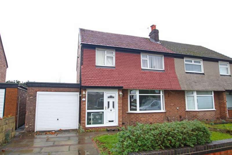 3 Bedrooms Semi Detached House for sale in Woodhouse Road, Davyhulme, Manchester, M41