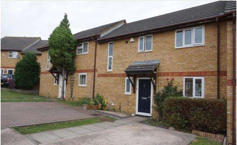 2 Bedrooms Terraced House for sale in Two Bedroom Mid Terrace In Brammingham Woods, Luton