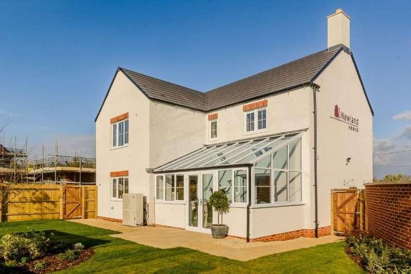 5 Bedrooms Detached House for sale in Fleet Lane, Twyning, Tewkesbury, GL20