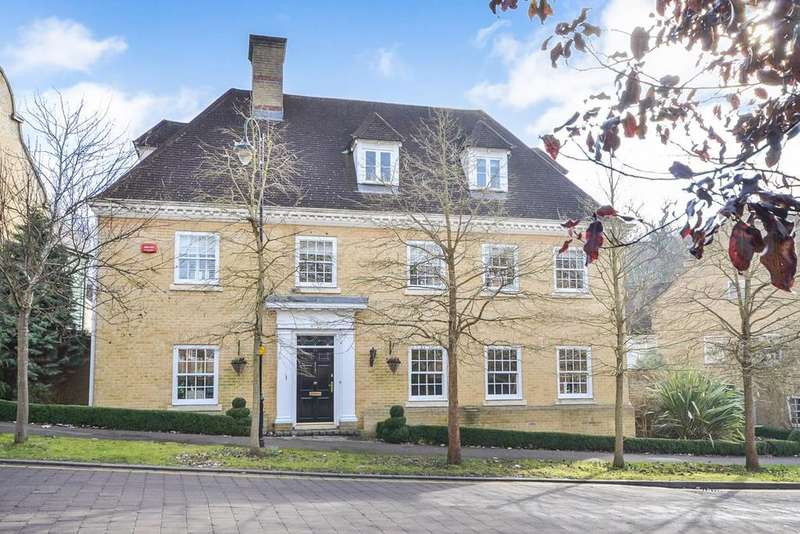 5 Bedrooms Detached House for sale in Vaughan Williams Way, Warley, Brentwood